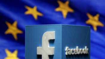 Facebook data transfer mechanisms referred to EU court