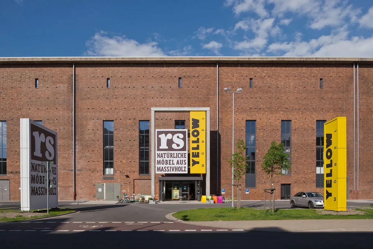 Bolles Wilson Olaf Mahlstedt Conversion Of The Hanomag U Boat Hall Into A Rs Yellow Furniture Outlet Divisare