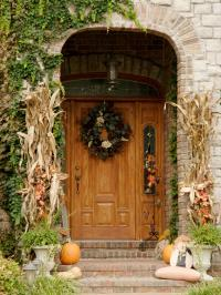 Fall Decorating for the Front Yard | DIY Landscaping ...