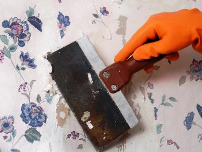 How to Remove Wallpaper Using Solvents or Steam | how-tos | DIY
