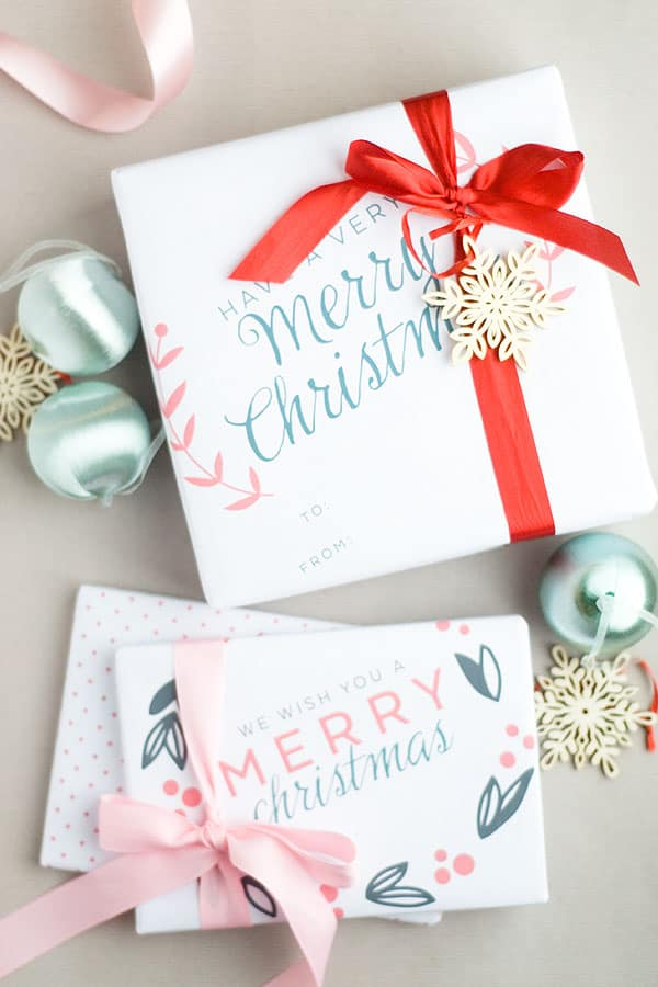 Free Printable Christmas Gift Wrap You\u0027ll Love - DIY Candy