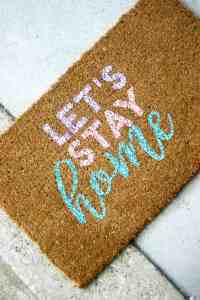 Cute Personalized Door Mat in Three Easy Steps - DIY Candy