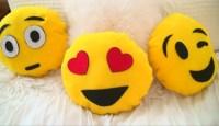 DIY Emoji Pillows #2 No Sew and Sew & Glue Method (With ...