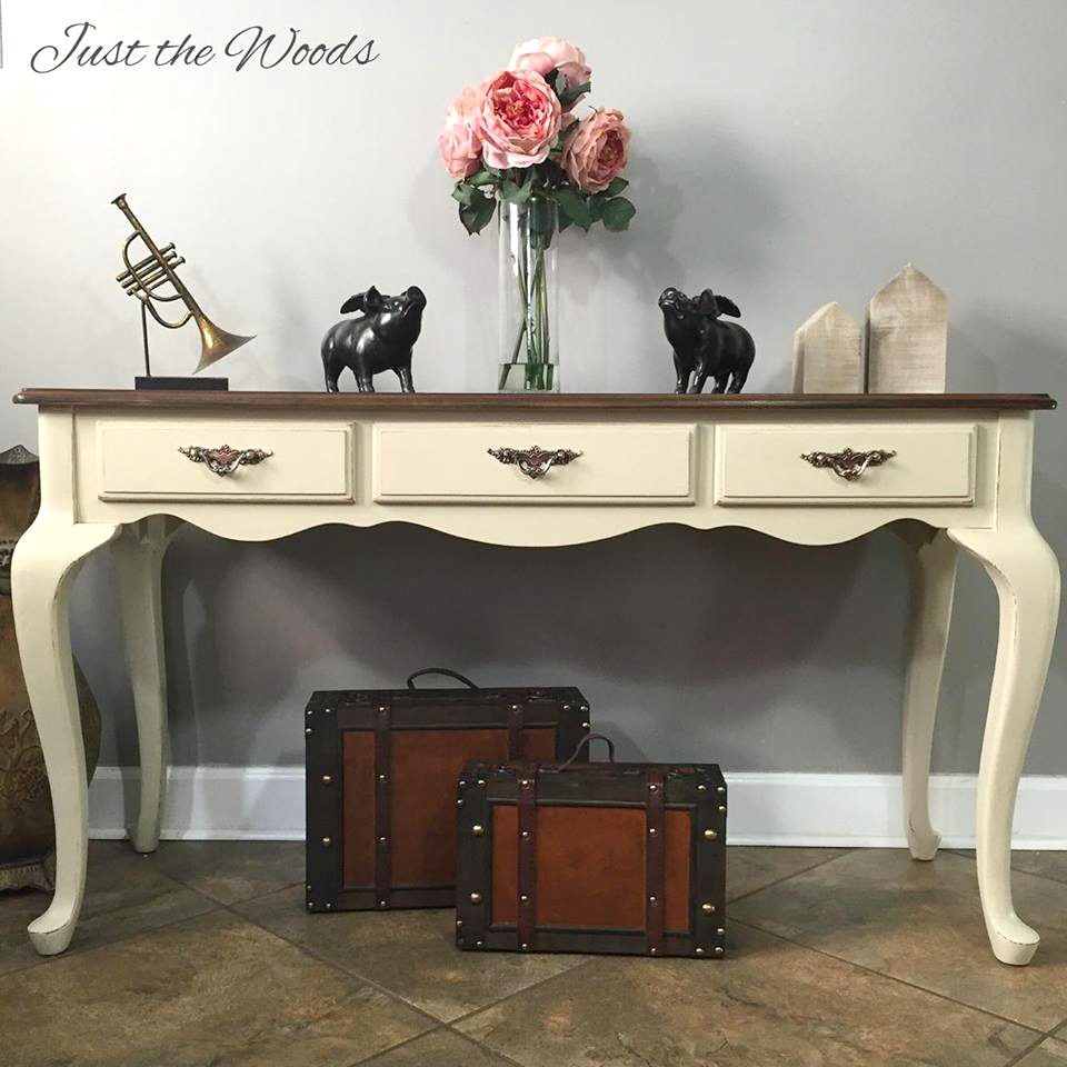 Stained and stenciled sofa table diy furniture makeovers for Sofa table makeover
