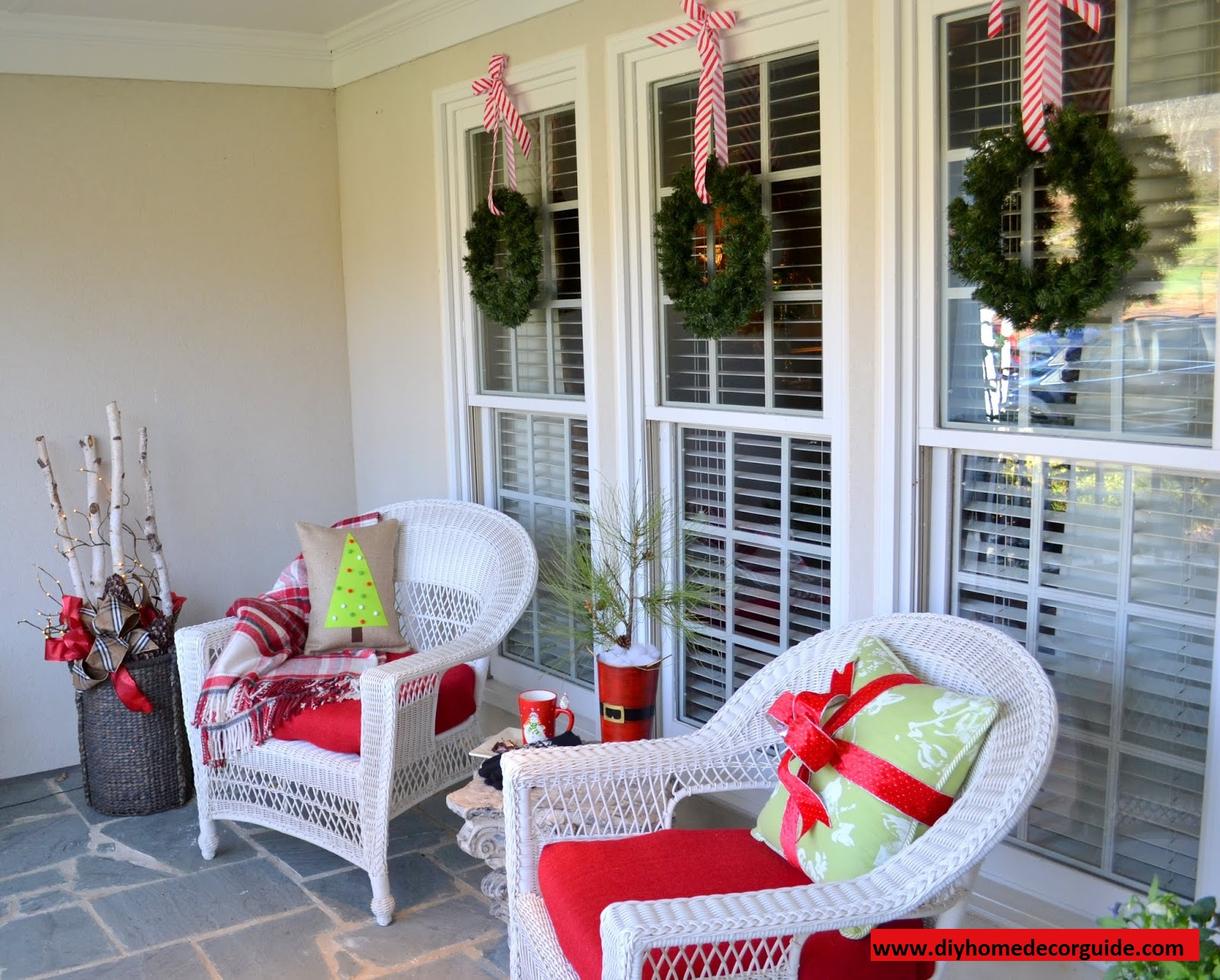 20 diy outdoor christmas decorations ideas 2014 saveenlarge - Easy Outdoor Christmas Decorations