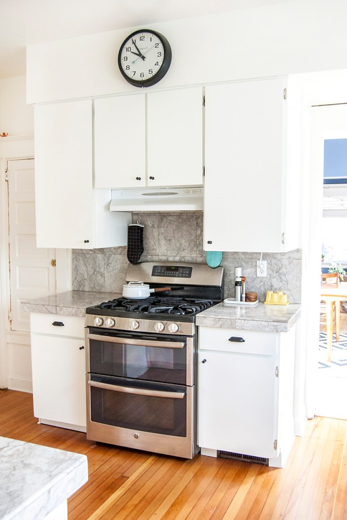 DIY kitchen makeover: painted cabinets