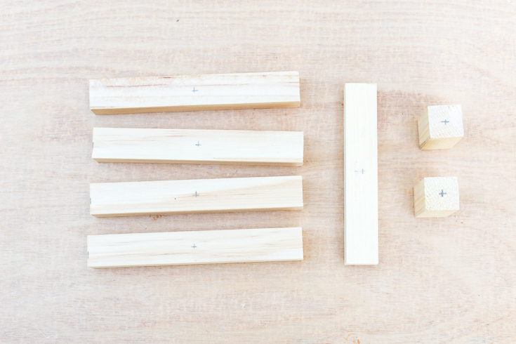 Learn how to make a mini tabletop plant stand