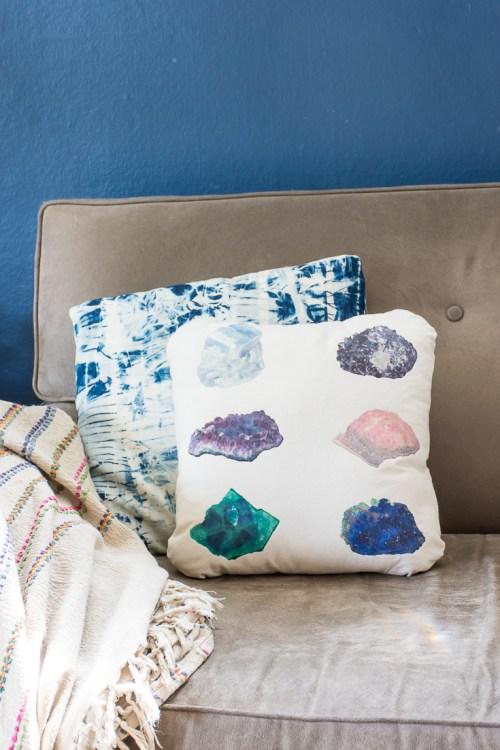DIY tote bag to pillow conversion