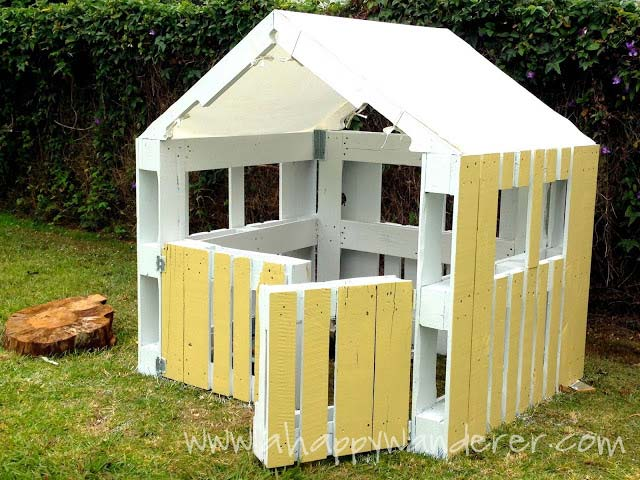 Gartenhaus Für Kinder Aus Paletten Little House For The Children Made Of Pallets 9 | Diy