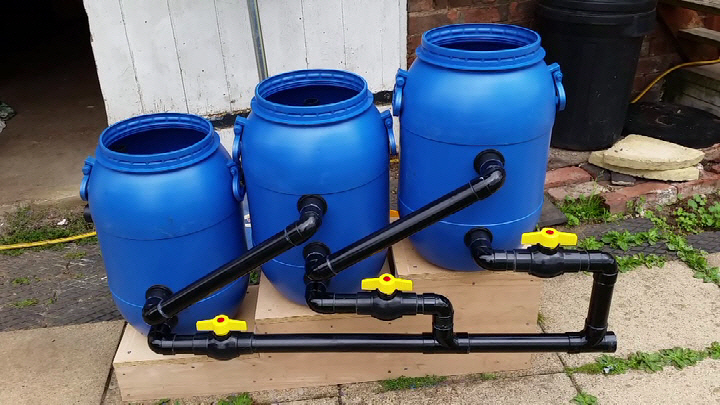 Diy pond filters make your own pond filter for Gravity fed pond filter system