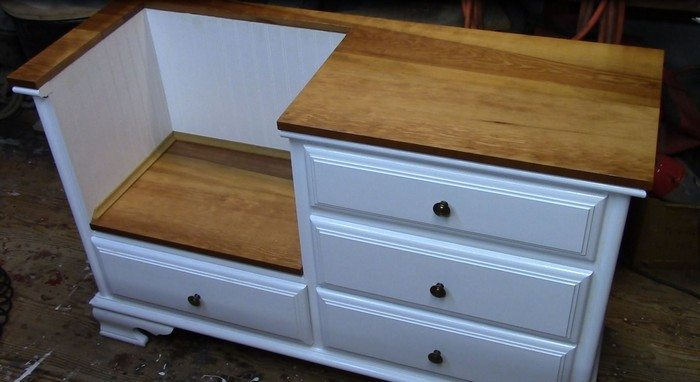 How to turn an old dresser into a seating furniture DIY projects - a seating