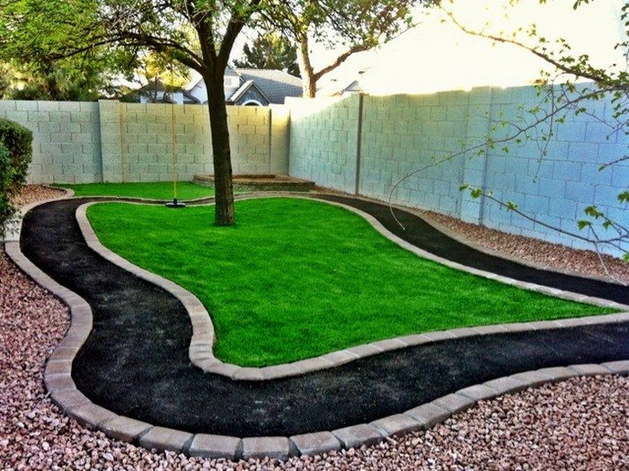 Outdoor Chalkboard Paint Make a DIY outdoor race car track for your kids! | DIY projects for everyone!