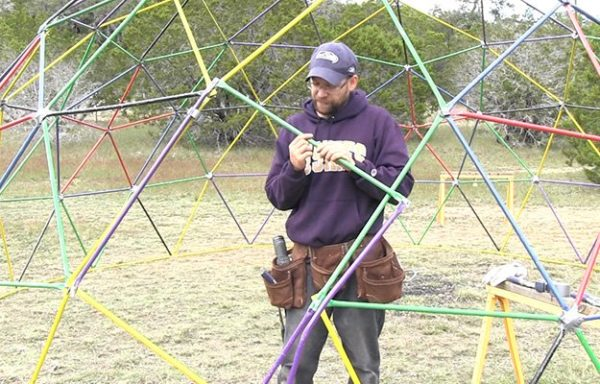 how-to-build-a-geodesic-dome-assembly