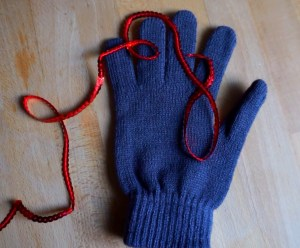 Make your own DIY Gloves in 5 minutes with sequins