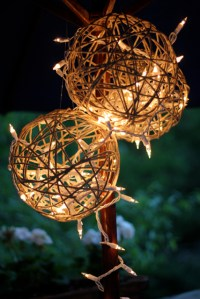 10 DIY Outdoor Lighting Ideas for Backyard