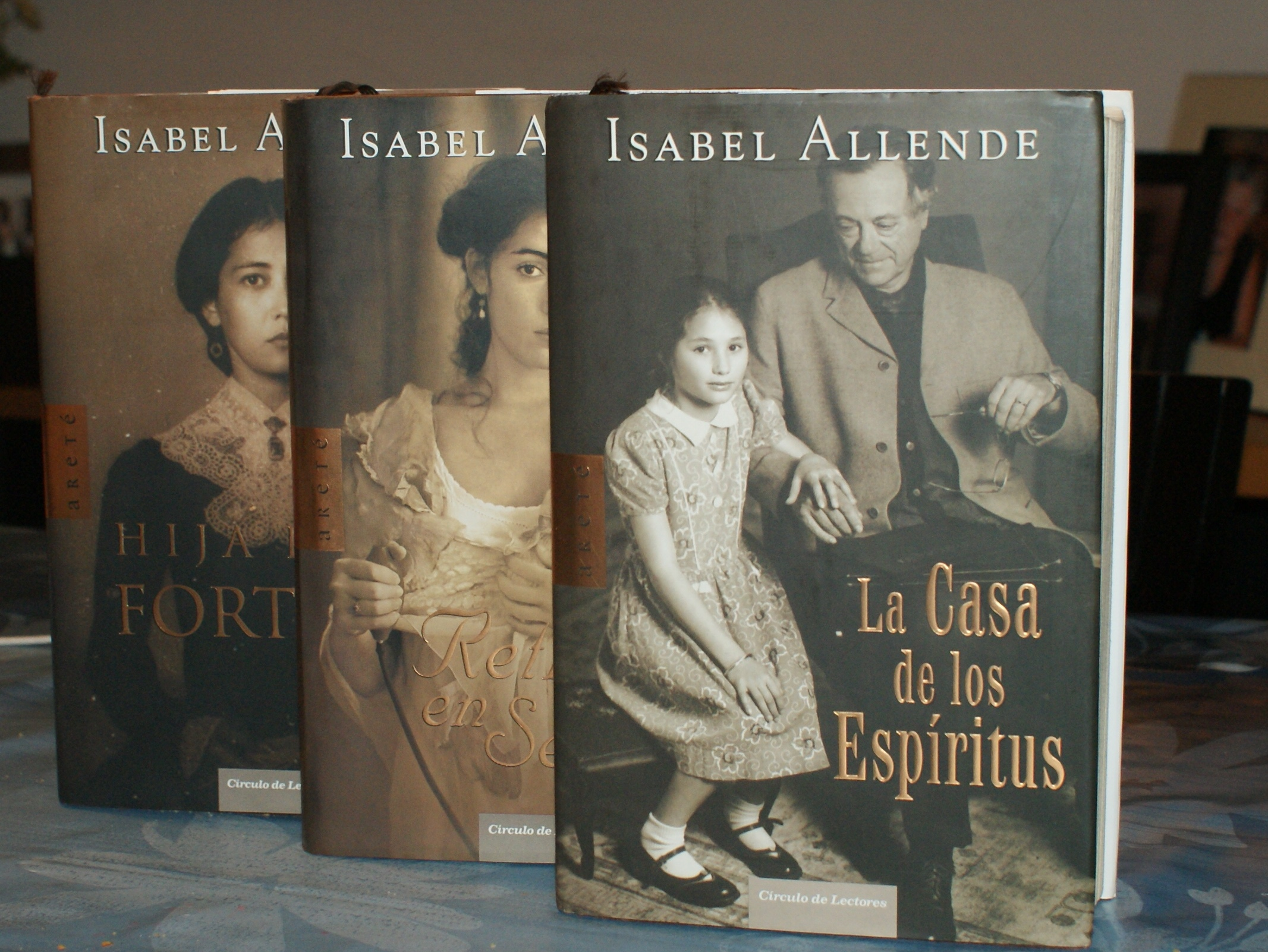Allende Libros 301 Moved Permanently