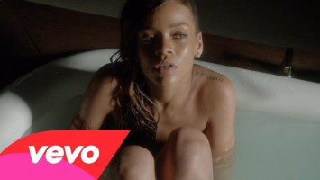 Rihanna feat Mikky Ekko- Stay (Music Video)