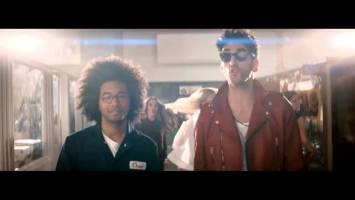 Chromeo feat Toro Y Moi – Come Alive (Music Video)