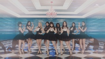 Girls' Generation- Mr. Mr. (Music Video)