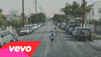 J. Cole feat Amber Coffman- She Knows (Music Video)