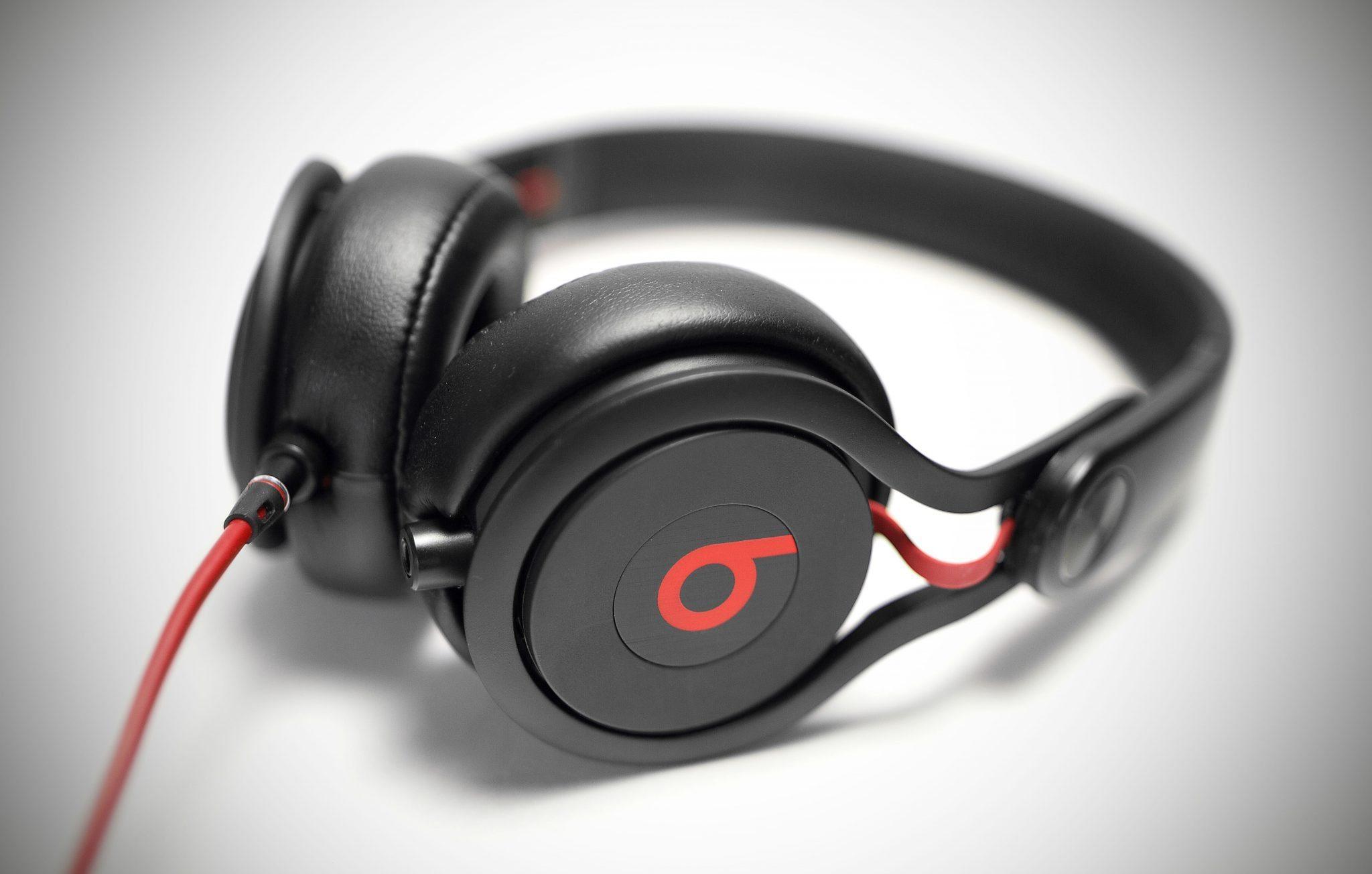 Dr Dre Wallpaper Hd Review Beats By Dre Mixr Dj Headphones Djworx