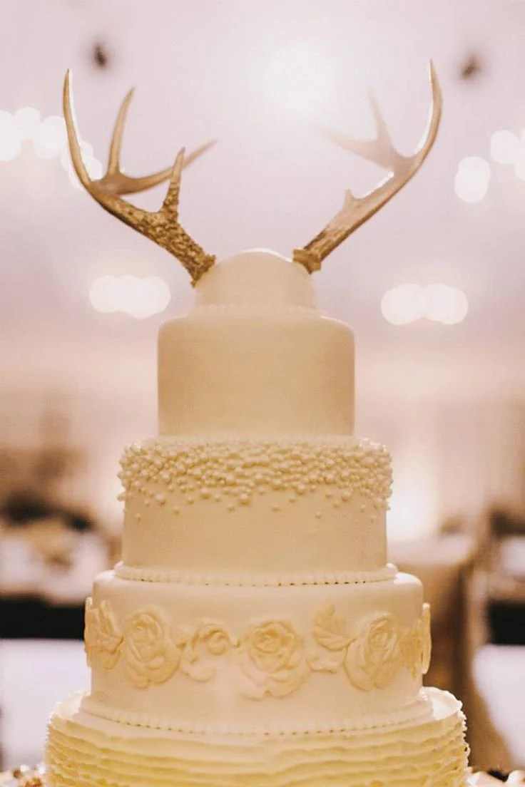 15 ideas wedding cake toppers wedding cake topper Get a little wild with your wedding cake toppers Antlers would work great for a rustic wedding venue while the flamingoes fit in perfectly at a beach