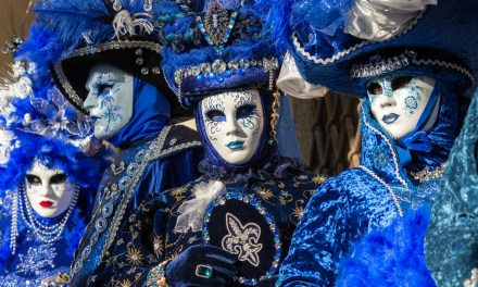 Letenka do Benátek na karneval 923 Kč