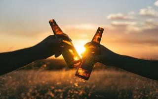 piješ pivo a cestuješ