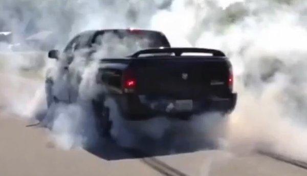 Muscle Cars Burnout Wallpapers Tire Shredding Dodge Ram Srt10 Goes Burnout Crazy