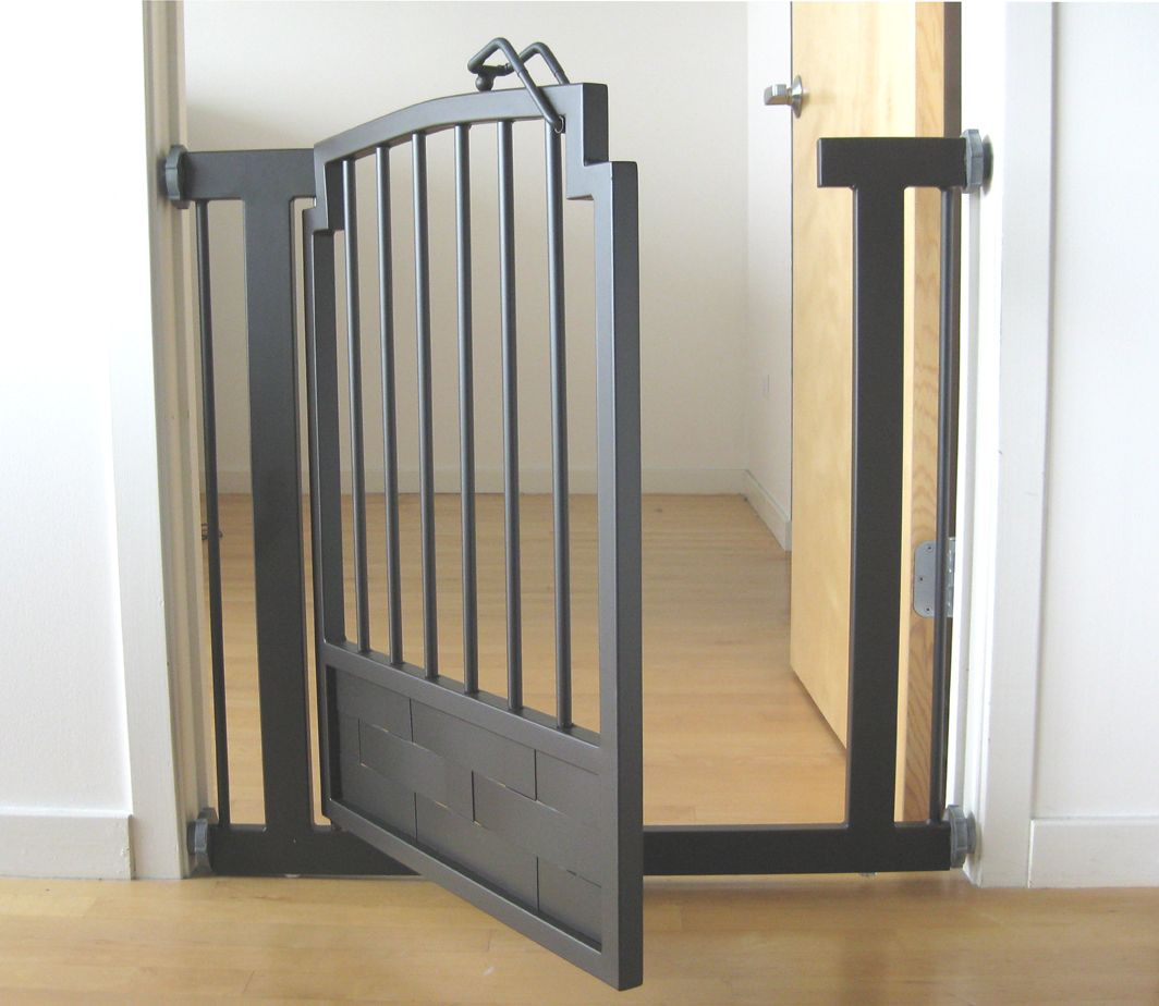 Breed Traphekje Royal Weave Doorway Dog Gate