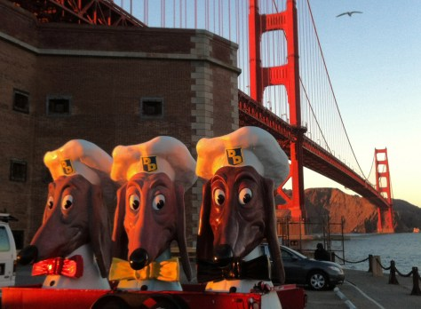 Doggie Diner Heads  -- Photo Credit: Nifer Kilakila