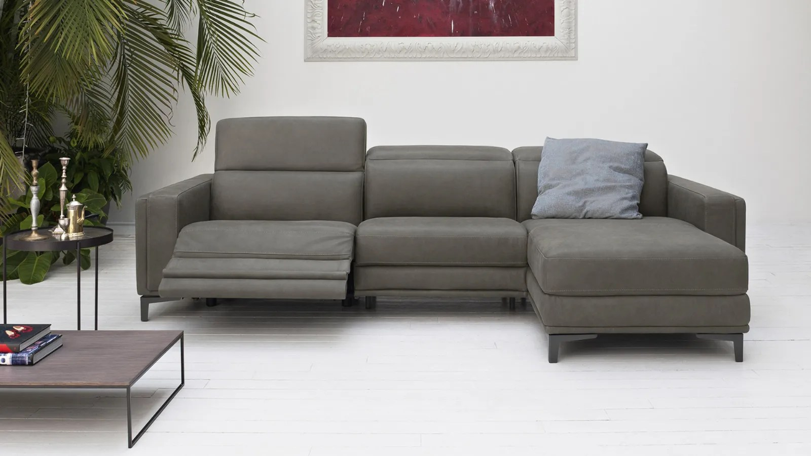 Evoque The Ideal Sofa To Furnish A Loft