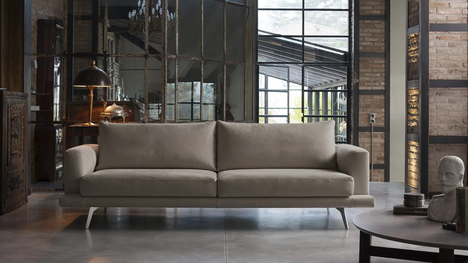Philip 77 92 A Modern Suspended Sofa