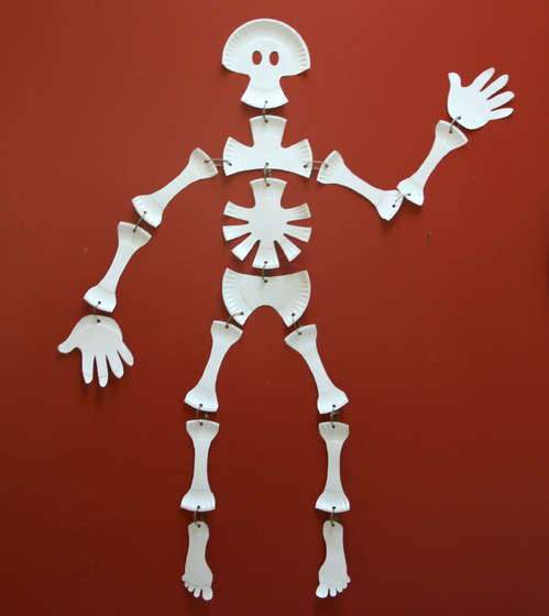 Paper Plate Skeleton Paper Plates Skeletons And Plates