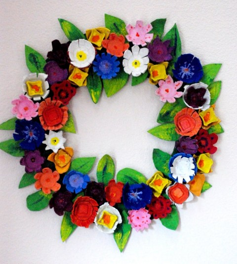 EggCarton Wreath Easter Craft Using Egg Cartons