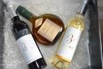 Coffret Cadeau N°2 : Vin rouge Vendanges Mains 37.5 cl, Vin blanc doux Gros Manseng 37.5 cl, Armagnac 2006 0L35