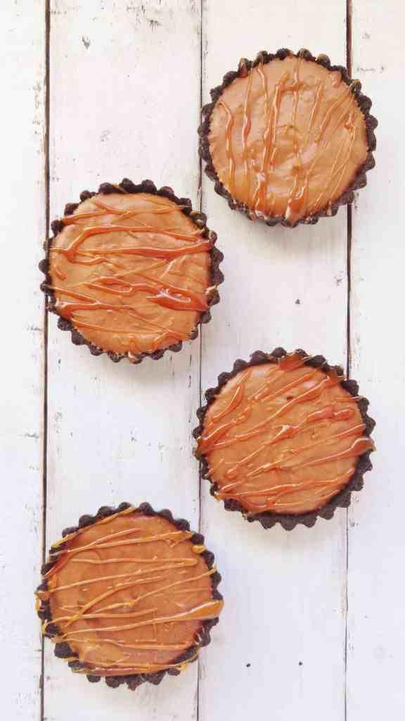 baileys salted caramel chocolate mousse tarts (2)