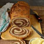 Marbled swirly rye bread - Domestic Gothess