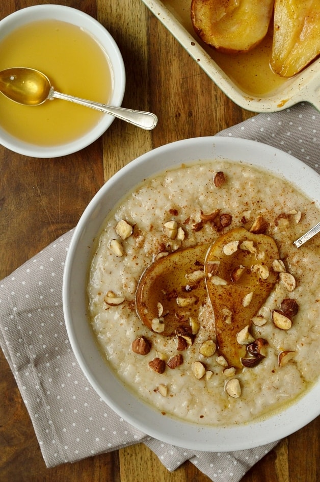 Vanilla almond milk porridge with honey roast pear - Domestic Gothess