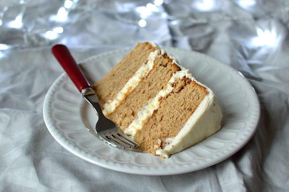 ... buttermilk spice cake with vanilla mascarpone icing - Domestic Gothess