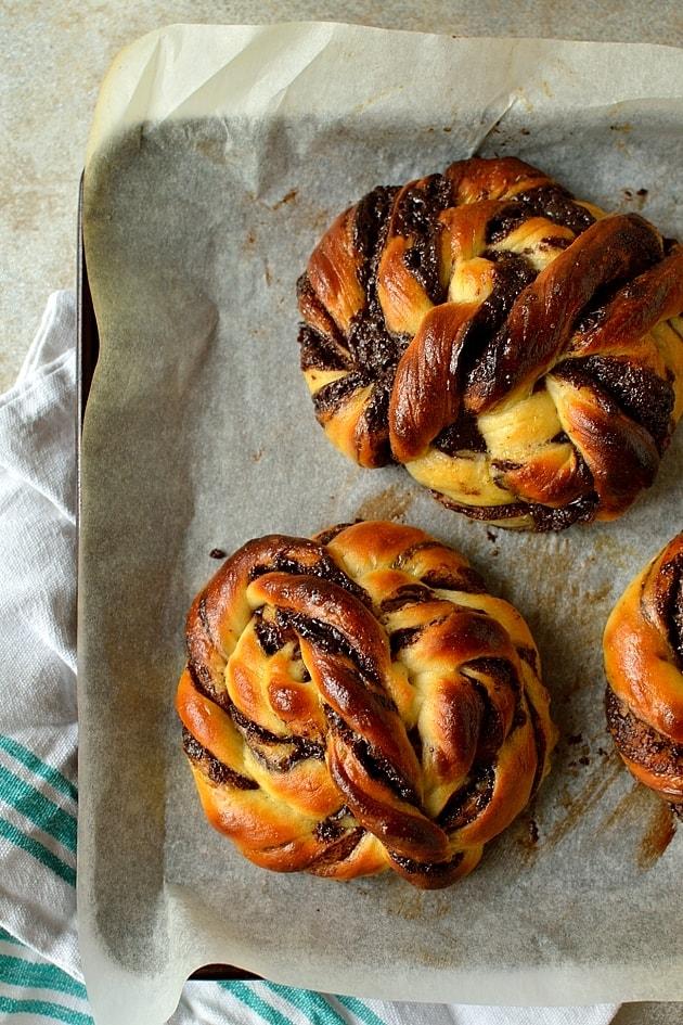 super soft chocolate filled swirly bread rolls