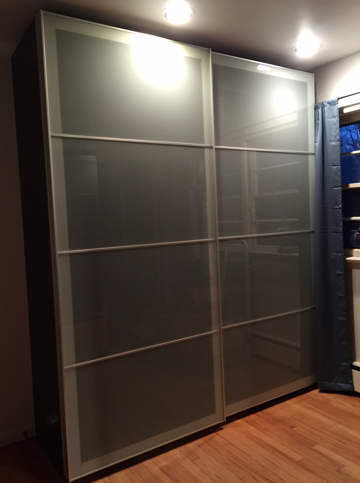 Pax Sekken Pax Closet And Sekken Sliding Doors Domesticmonkey