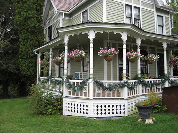 Classic-Country-Porch-Exterior-Design1
