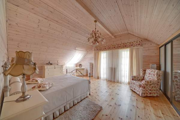 amazing-wooden-coutry-house-design-6