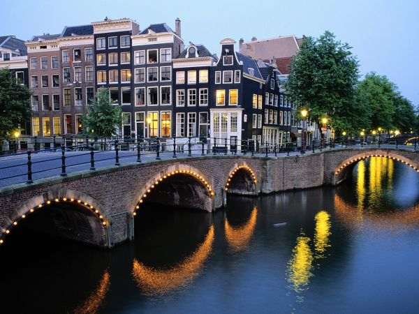 amsterdam_at_dusk__the_netherlands