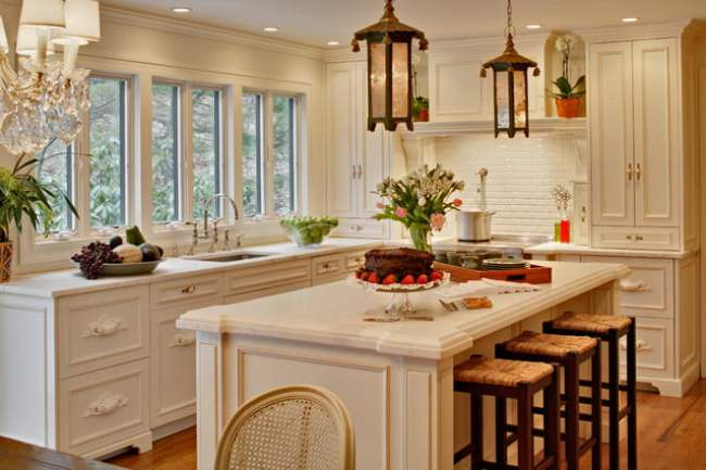 traditional-french-kitchen-design-by-alicia-shearer-interior-design640-x-426-112-kb-jpeg-x