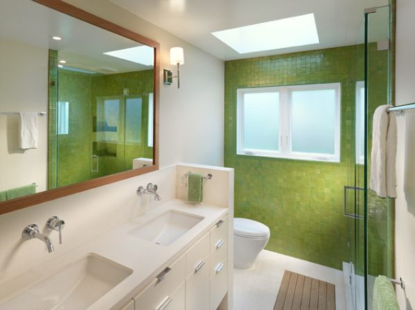 green-walls-for-bathroom
