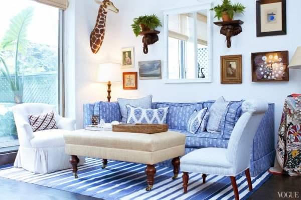 living-room-cozy-blue-happy-color-living-room-decoration-using-light-blue-stripe-rug-under-sofa-including-light-blue-pattern-sofa-and-rectangular-cream-fabric-coffee-table-sweet-images-happy-co
