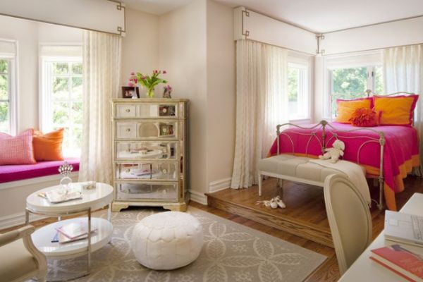 pink-orange-bedroom