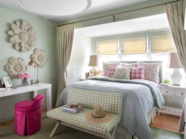 BPF_Spring-House_interior_cottage-bedroom-decor_cover_h.jpg.rend.hgtvcom.1280.960